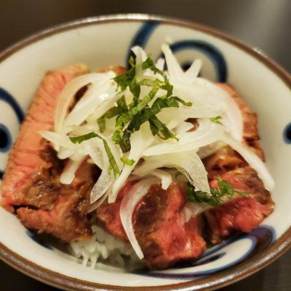 ステーキ丼-2-416x416